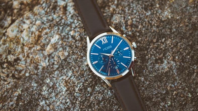 ¿Cómo funciona un reloj de cuarzo?