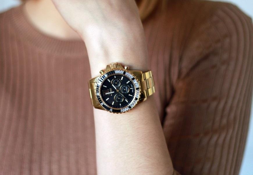 Reloj dorado Grace