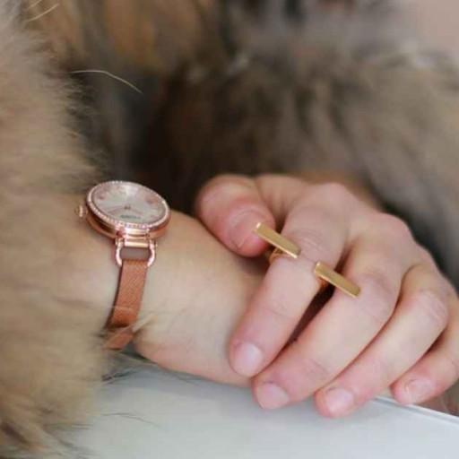 Reloj para mujer esfera rosa, la tendencia del momento.